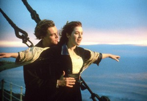 """Actors Leonardo DiCaprio (L) and Kate Winslet (R) in a scene from the movie """"Titanic"""" which was nominated for a record-tying 14 Academy Awards 10 February.  Among the nominations """"Titanic"""" received are for Best Picture, Best Actress for Kate Winslet and Best Director.     AFP PHOTO      Paramount Pictures/20th Century Fox/mn"""
